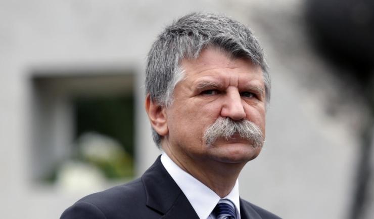 """Președintele Parlamentului Ungariei, Kover Laszlo: """"Anumite grupuri de forță consideră că trebuie să domine Europa... Ne amenință că, dacă idealurile lor nu vor deveni realitate, atunci națiunile și statele Europei se vor război între ele și vor da foc Eu"""