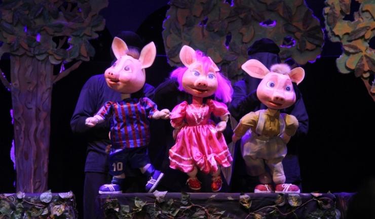"""Cu ocazia Zilei Copilului, Teatrul pentru Copii și Tineret """"Căluțul de Mare"""" va susține spectacole speciale în deplasare"""