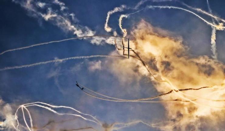 În weekend, avioanele dansează la Tuzla!