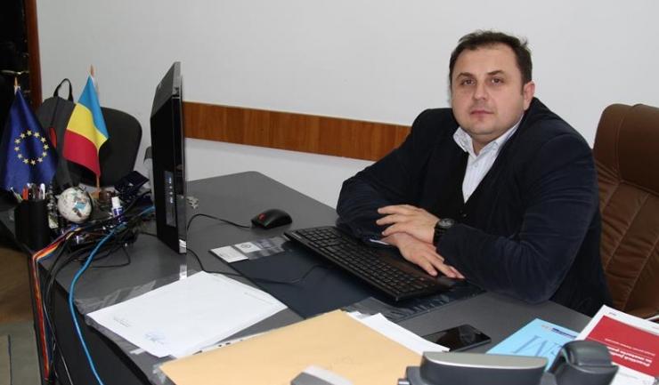"""Mihnea-Claudiu Drumea este decanul Facultății de Științe Juridice și Științe Economice din cadrul Universității """"Spiru Haret"""""""
