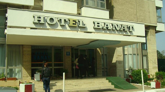 Hotel Banat din Olimp, deţinut de Banat Estival 2002.