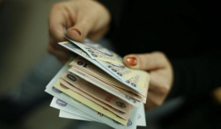Potrivit oamenilor de afaceri, autoritățile nu pot justifica sursa banilor pentru aplicarea legii salarizării unitare