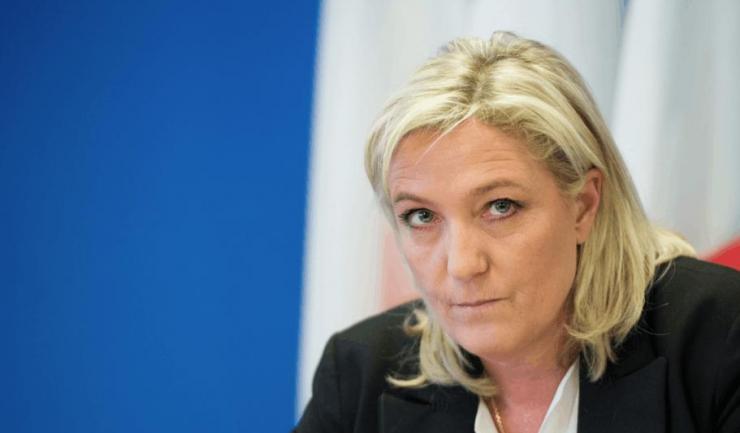 Liderul partidului extremist francez Frontul Naţional şi candidat la preşedinţia Franţei, Marine Le Pen