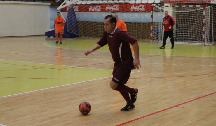 """Dragoş Cornea (CFR Constanţa) a trecut pe prima poziție în ierarhia marcatorilor din turneul """"ultra old-boys"""""""