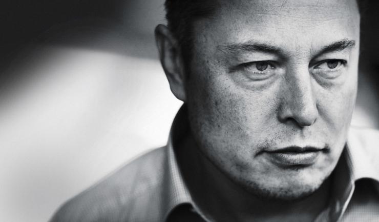 Patronul Tesla și SpaceX, Elon Musk: