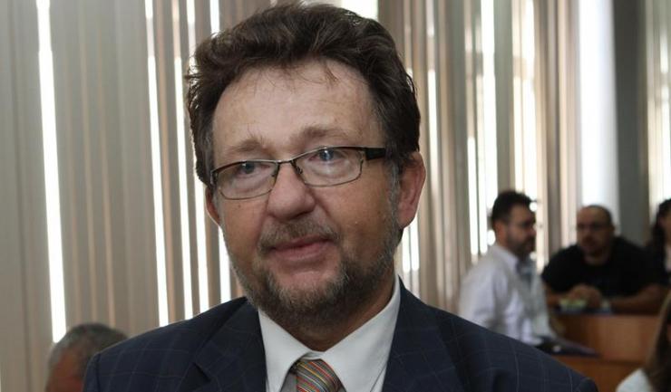 Prof. univ. dr. Ioan-Tiberiu Tofolean spune că în municipiul Constanța există un deficit de 400 de locuri în spitale