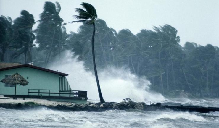 Un număr-record de uragane s-au format în acest an în Oceanul Atlantic