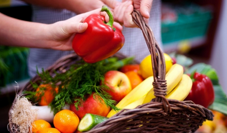 Producătorii români nu au echipamentele necesare pentru a putea livra cantitățile cerute de fructe și legume