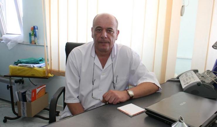 """Șeful Clinicii de Chirurgie și Ortopedie Pediatrică a SCJU Constanța, prof. dr. Constantin Tica: """"De 12 ani operăm, prin această colaborare, copiii cu probleme grave de sănătate"""""""