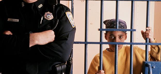 În primele opt luni, copiii sub 13 ani au comis 1.300 de furturi!