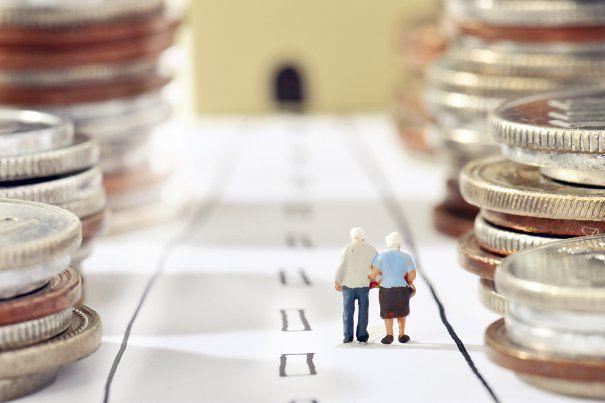 Autoritățile au decis să mențină și-n 2017 contribuția la pilonul II de pensii la 5,1%