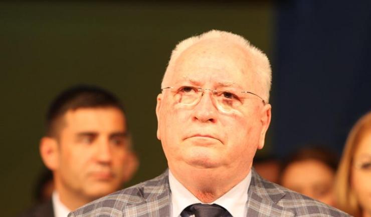 """Senatorul PNL Puiu Hașotti: """"Claudiu Palaz a fost menținut în funcția de secretar general al Prefecturii Constanța de PSD. Era numit de Adrian Năstase și Viorel Hrebenciuc """"Claudelu'""""""""."""