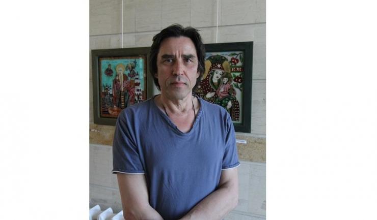 Artistul plastic constănțean Cristian Todie, prezent in aprilie 2013, cu prilejul unei scurte vizite în orașul natal, în campusul Universității