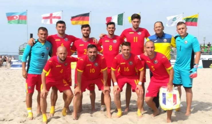 Fotbaliștii tricolori speră să revină în prima grupă valorică a Euroligii de fotbal pe plajă (sursa foto: Facebook)