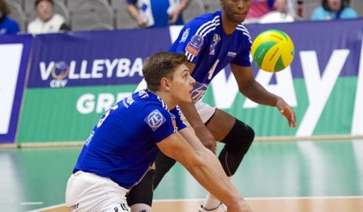 Adrian Aciobăniței a reușit opt puncte pentru VfB Friedrichshafen în confruntarea cu Dinamo Moscova, contribuind la victoria surprinzătoare a echipei germane