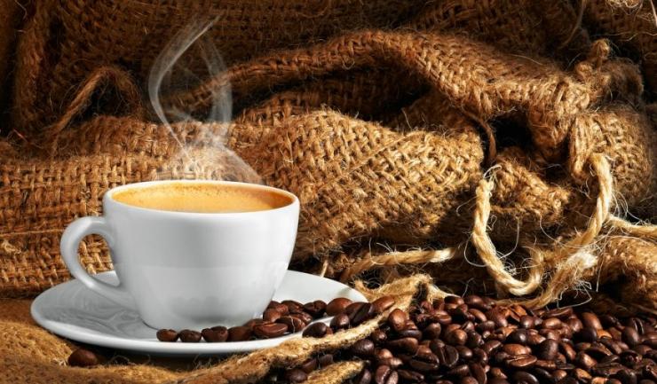Vremea nefavorabilă din Vietnam și Brazilia a generat scumpirea cu 61,8% a cafelei Robusta, care atrage după sine creșteri la alte sortimente