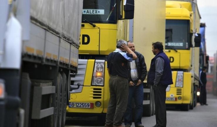 Transportatorii cer Finanțelor să accelereze rambursarea accizelor la motorină