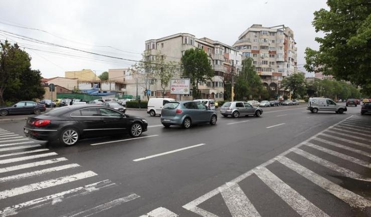 Unul dintre sensurile giratorii va fi amenajat în intersecția dintre bulevardul Alexandru Lăpușneanu și strada Nicolae Iorga