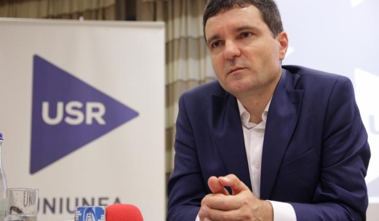 Liderul USR, Nicuşor Dan, a fost atacat pentru modul în care a organizat alegerile interne