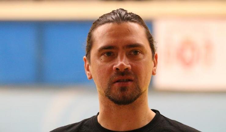 """Alexandru Olteanu, antrenor principal la Athletic: """"Sper să reușim un joc cât mai bun și să ne întoarcem cu o victorie de la Sighet"""""""