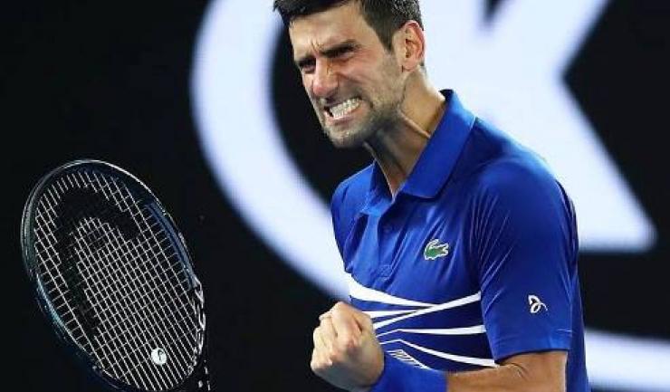 Novak Djokovic s-a întrebuinţat din plin pentru a trece de Stefanos Tsitsipas