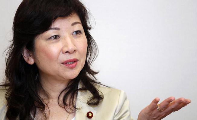 """Seiko Noda: """"Aceasta îi va face pe alegători să înţeleagă că politica nu este doar o treabă de bărbaţi şi sper că aceasta le va da curaj femeilor care ezită să candideze"""""""
