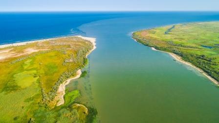 Dobrogea, locul mirific unde Dunărea se varsă în Marea Neagră
