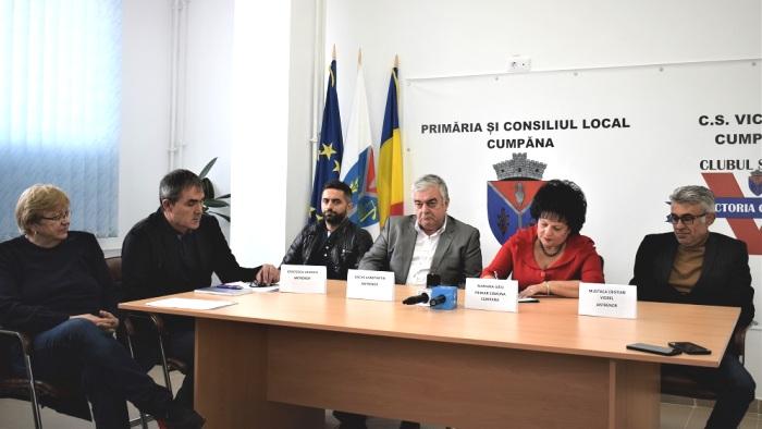 Elena Frîncu, Ion Răuţă, Vasilică Cristocea, Constantin Gache, Mariana Gâju şi Cristian Mustacă