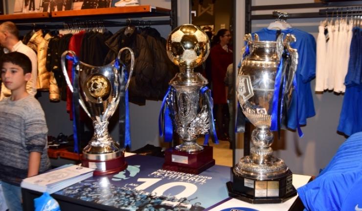 Trofeele campionilor au fost prezentate Constanței