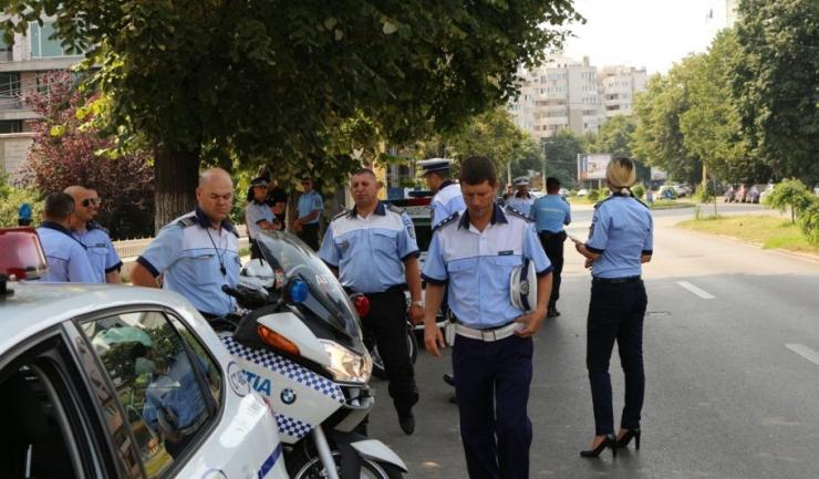 Sindicaliștii din Poliție amenință din nou cu proteste și cu blocarea activității, dacă nu li se măresc salariile și nu se modifică Statutul Polițistului