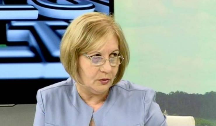"""Directorul Administraţiei Naţionale de Meteorologie, Elena Mateescu: """"Alternanţa perioadelor foarte călduroase cu răciri bruşte cu siguranţă se va putea manifesta şi în următoarele trei luni, aşa cum s-a manifestat pe tot parcursul anului"""""""