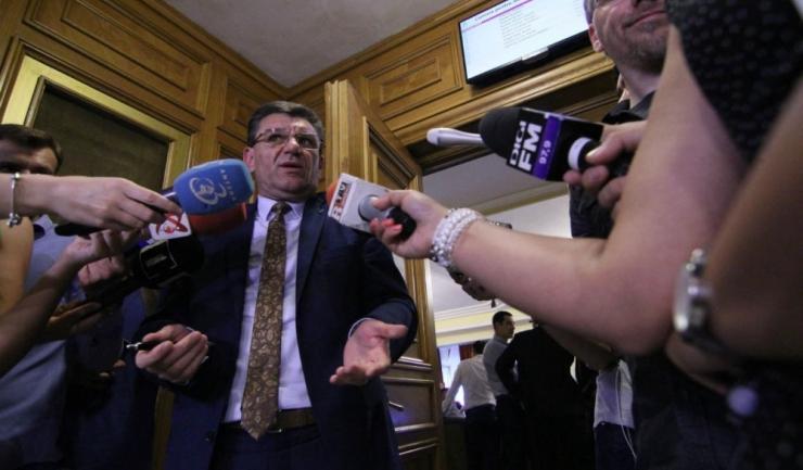 Președintele SNPPC, Dumitru Coarnă, le-a transmis guvernanților, prin intermediul Telegraf, să nu modifice legea pensiilor militare, fără niciun fel de consultare sau negocieri