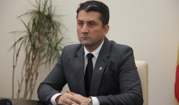 """Primarul Constanței, Decebal Făgădău: """"Sevil Shaidehh a fost secretar de stat și a fost ministrul Dezvoltării Regionale și Administrației Publice. Indiferent de ce motivație există, ar fi trebuit făcută publică."""""""