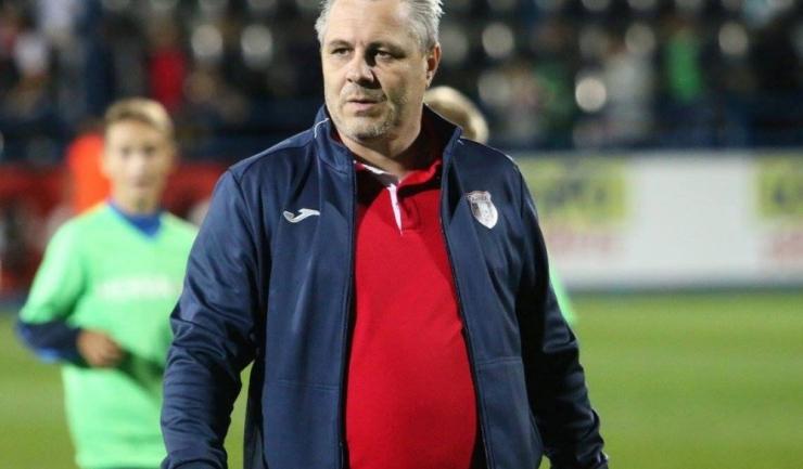 Marius Şumudică, antrenorul Astrei, a fost într-un duel permanent cu suporterii formaţiei FCSB
