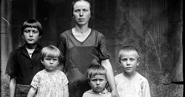 O femeie care a născut și crescut patru copii (până la 16 ani) poate ieși la pensie la 56 ani