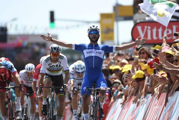 Fernando Gaviria s-a impus la sprint în etapa a patra a Marii Bucle (sursa foto: Facebook Le Tour de France)