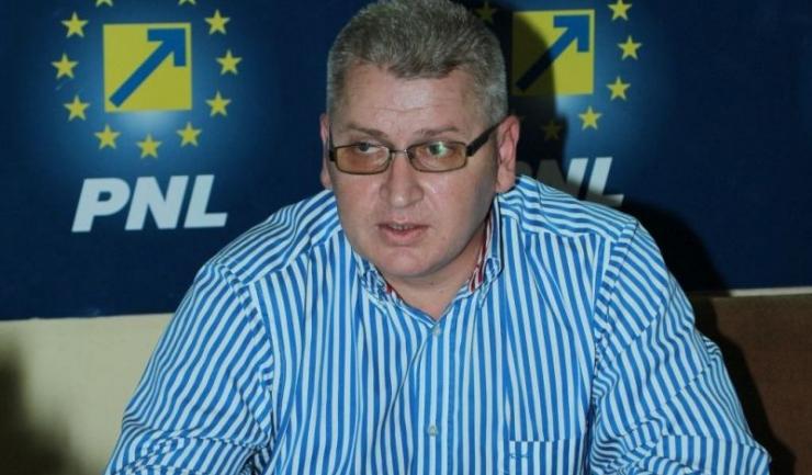 """Deputatul PNL Florin Roman: """" Dan Barna, un mare iubitor al contractelor cu statul, să se decidă ce vrea: ori politică, ori afaceri cu statul"""""""