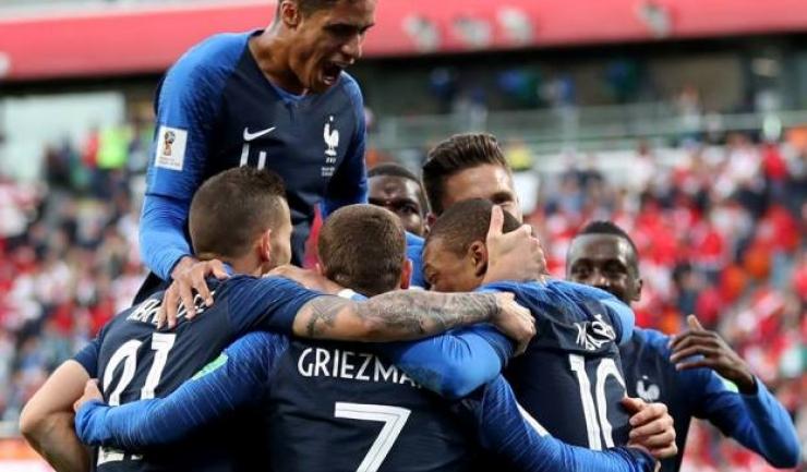 Francezii speră să îl anihileze pe Messi şi să sărbătorească la final calificarea în sferturi (sursa foto: Facebook FIFA World Cup)