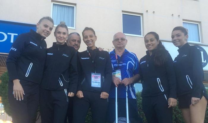 Fetele pregătite de antrenorul constănţean Viorel Filimon au obţinut două victorii în grupă (sursa foto: Facebook Federația Română de Tenis de Masă)