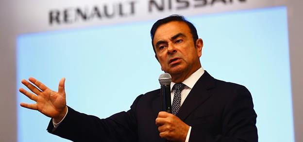 Carlos Ghosn a declarat venituri de 44 milioane dolari, la jumătate față de realitate