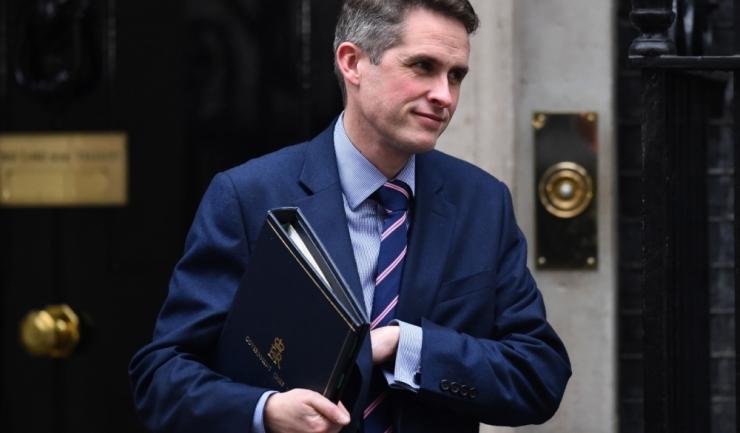 Noul ministru britanic al apărării, Gavin Williamson, vrea să asasineze jihadiștii de origine britanică