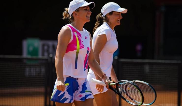 Simona Halep şi Monica Niculescu (sursa foto: Facebook Monica Niculescu)