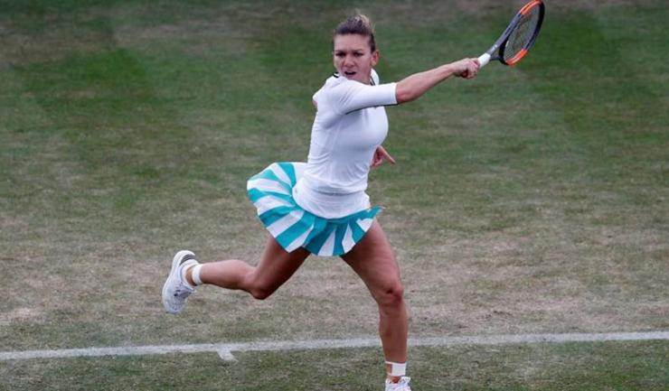 Simona Halep a câștigat primul set, însă a cedat în cele din urmă în duelul cu Johanna Konta
