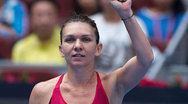 Simona Halep a trecut în două seturi de Ekaterina Makarova