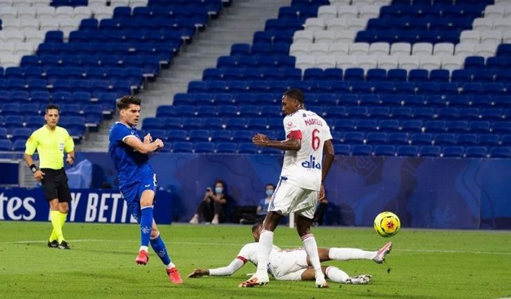 Ianis Hagi va evolua cu Rangers FC în grupele UEFA Europa League