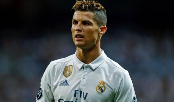 Cristiano Ronaldo este primul jucător din istoria competiției care înscrie în toate cele șase partide din faza grupelor!