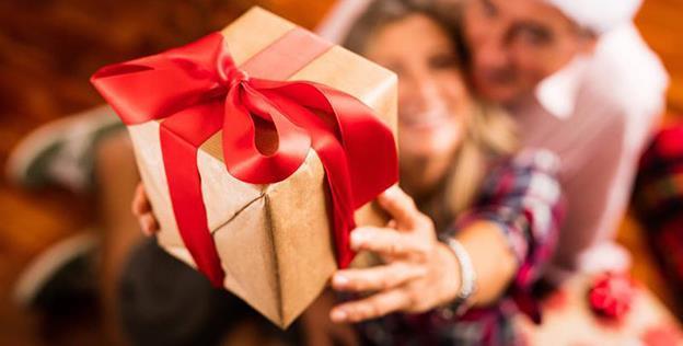 Aproape 20% dintre români apelează la un credit ca să acopere cheltuielile din timpul sărbătorilor de iarnă...
