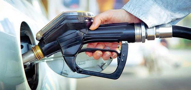Combustibilii s-au scumpit cel mai mult în octombrie, față de septembrie