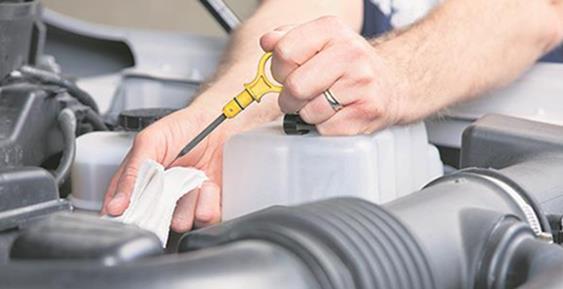 Mai multe firme din sectorul reparațiilor auto și din asigurări sunt suspectate de înțelegeri anticoncurențiale