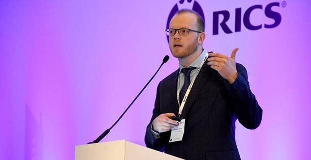 """Csaba Balint (OTP Bank): """"Recomandarea mea e să punem la o parte portocale, acum cât economia încă merge și salariile cresc"""""""